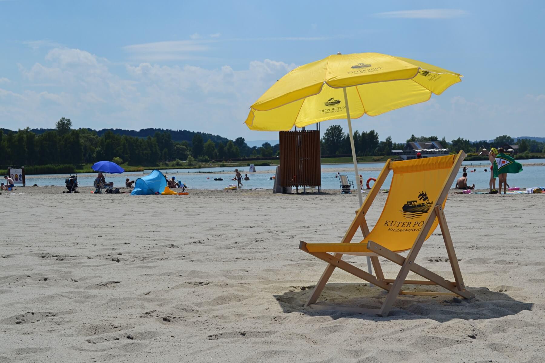 Sklepik i wypożyczalnia na Plaży