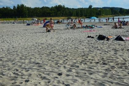 Plaża pod Krakowem jak nad Bałtykiem. Otwarto jedno z największych kąpielisk w regionie [ZDJĘCIA]